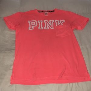 Vs PINK pocket T-shirt